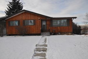 SOLD! 2703 49 St SW
